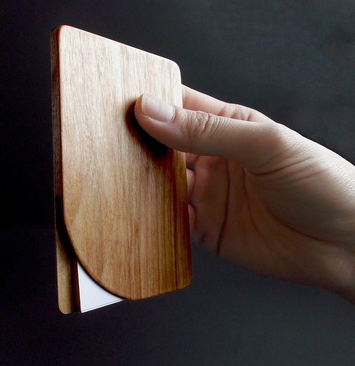 木プロテック様製作の木製名刺ケース04