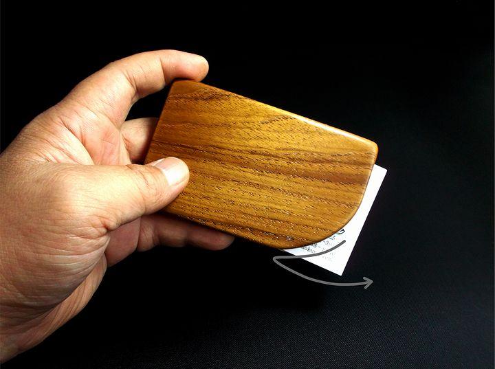 木プロテック様製作の木製名刺ケース03