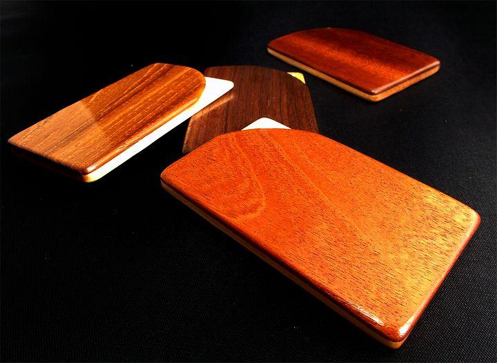 木プロテック様製作の木製名刺ケース01