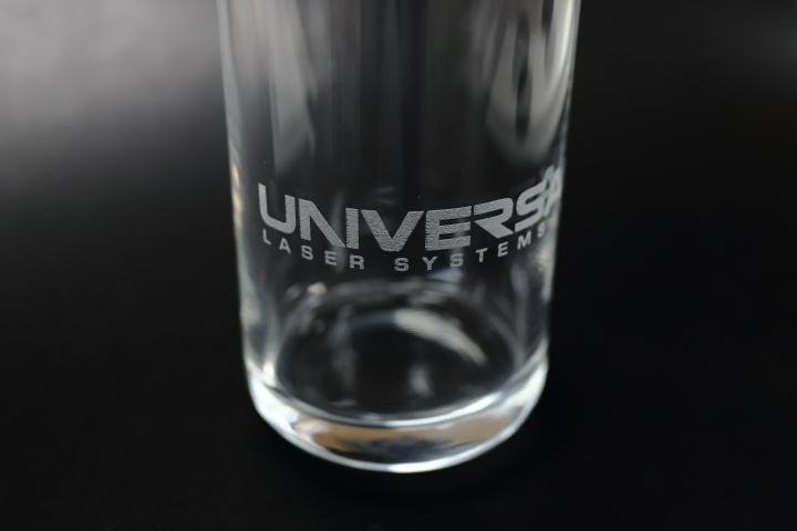 ガラスコップへのレーザー彫刻例01